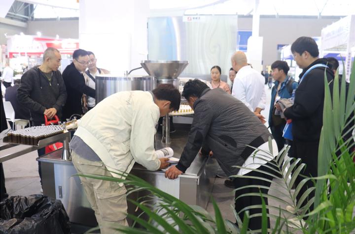 上海新威圣成功参加第58届药机展
